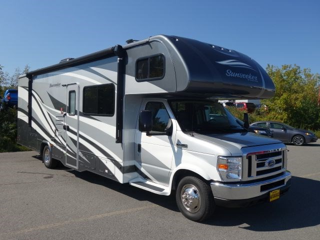Used 2018 Ford E450 Adventure for sale in Peterborough, ON